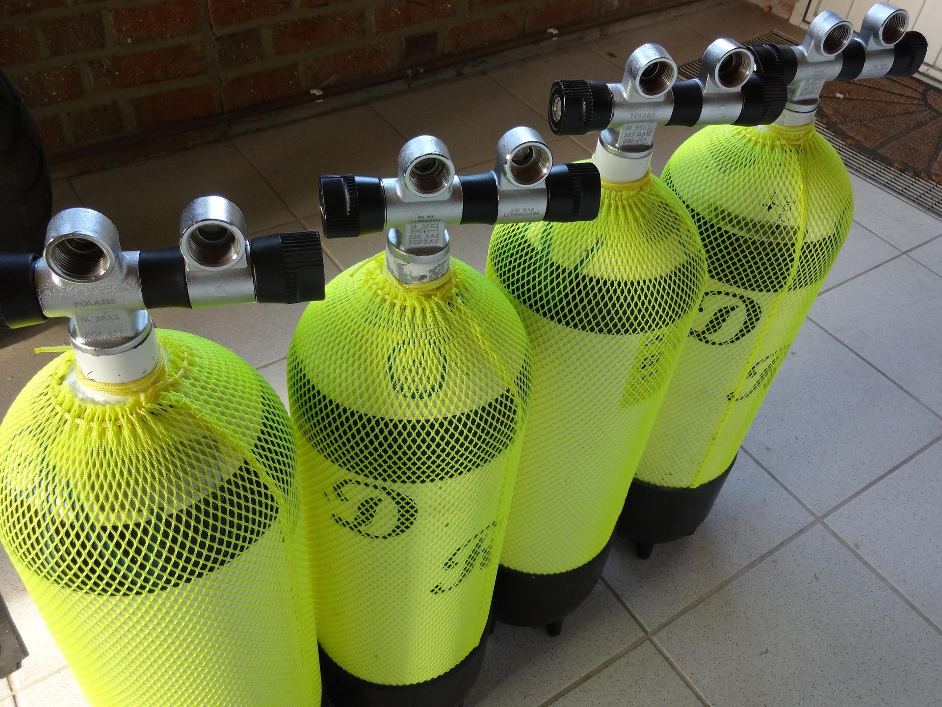scuba cylinder testing
